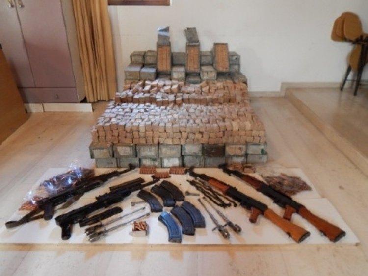 Μεγάλο κύκλωμα λαθρεμπόρων όπλων: Οι «πυρήνες» σε Κρήτη-Αλβανία, οι «παραγγελίες» και η μεταφορά των φορτίων (Photos+Video)