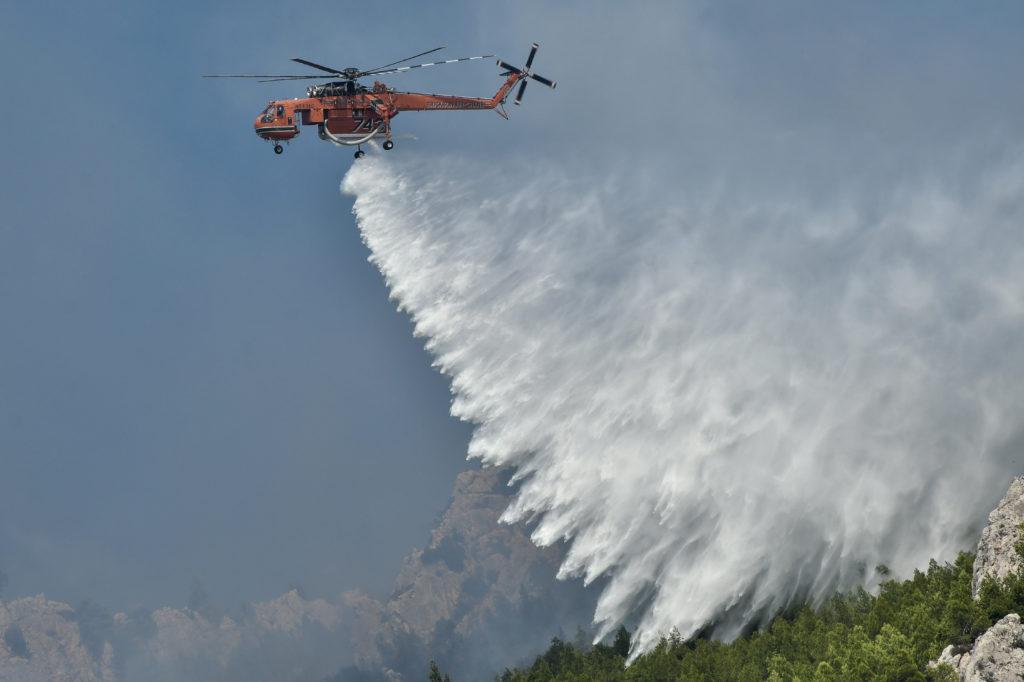 Σε όλη τη χώρα 76 νέες πυρκαγιές μέσα σε ένα 24ωρο