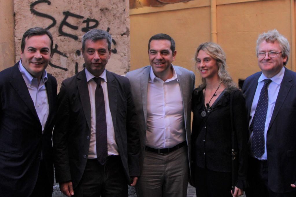 Συναντήσεις Τσίπρα με εκπροσώπους κομμάτων στη Ρώμη