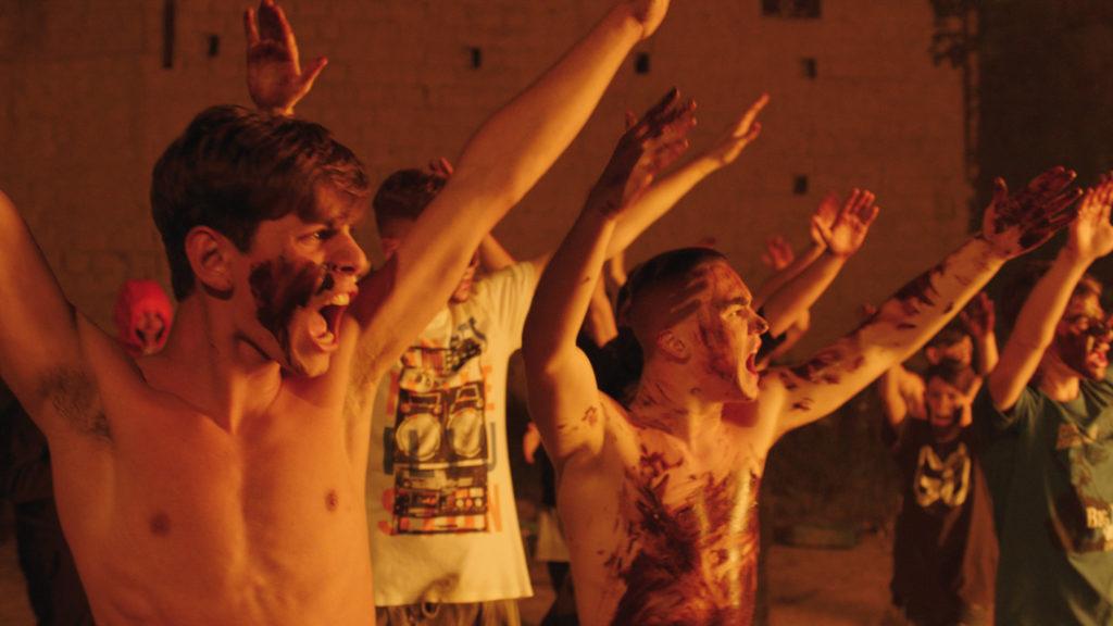 Η Μεγάλη Νύχτα της Νάπολης (Piranhas) (***)