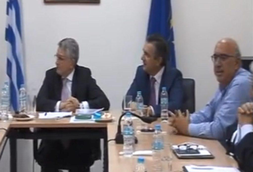 Υφυπουργός της ΝΔ ρώτησε δημοσιογράφο «από ποιο μέσο είσαι» αλλά απάντησε ο τοπικός βουλευτής της ΝΔ: «Από τον ΣΥΡΙΖΑ»! (Video)