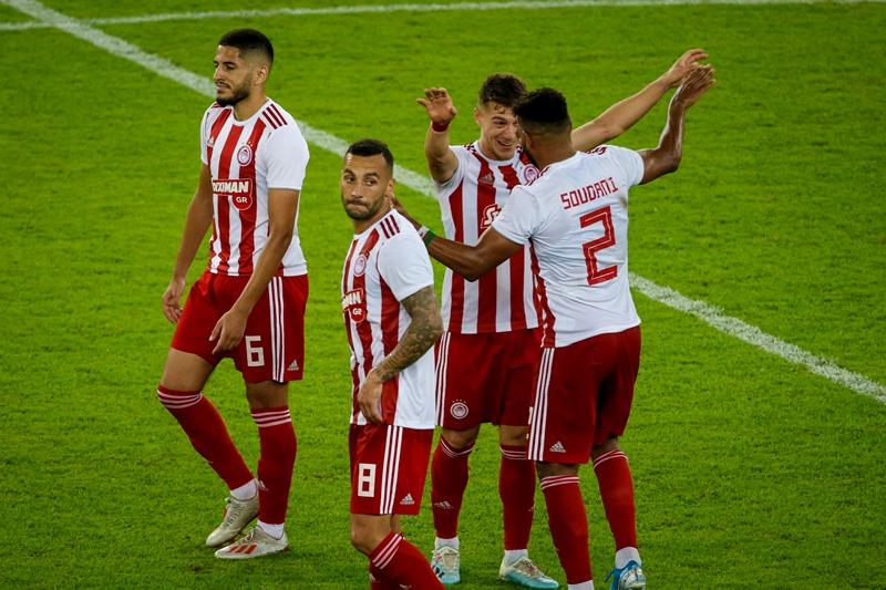 Μέσα σε 10 λεπτά ο Ολυμπιακός νίκησε 2-0 τη Λαμία