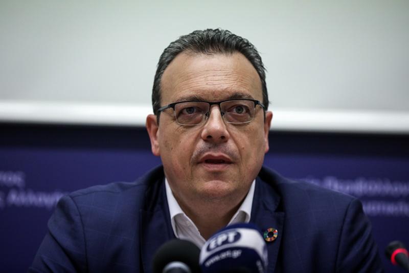 Σωκράτης Φάμελλος: «Να μην παίζει με το μέλλον της ΔΕΗ ο Κ. Χατζηδάκης»