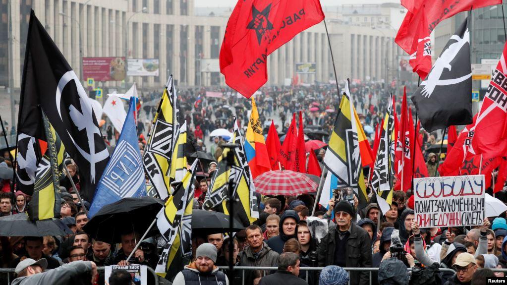 Xιλιάδες Ρώσοι στο δρόμο για την απελευθέρωση συλληφθέντων διαδηλωτών