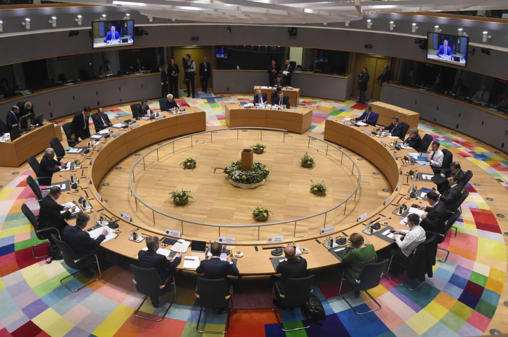 Eurogroup: 11 ώρες διαπραγμάτευσης για να πουν «ναι» στον προϋπολογισμό της Ευρωζώνης