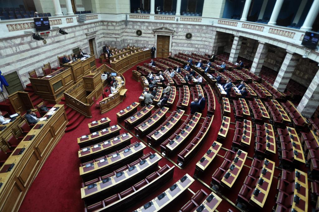 Διαμαρτυρία ΣΥΡΙΖΑ για τη μεταμεσονύχτια κατάθεση του αναπτυξιακού νομοσχεδίου