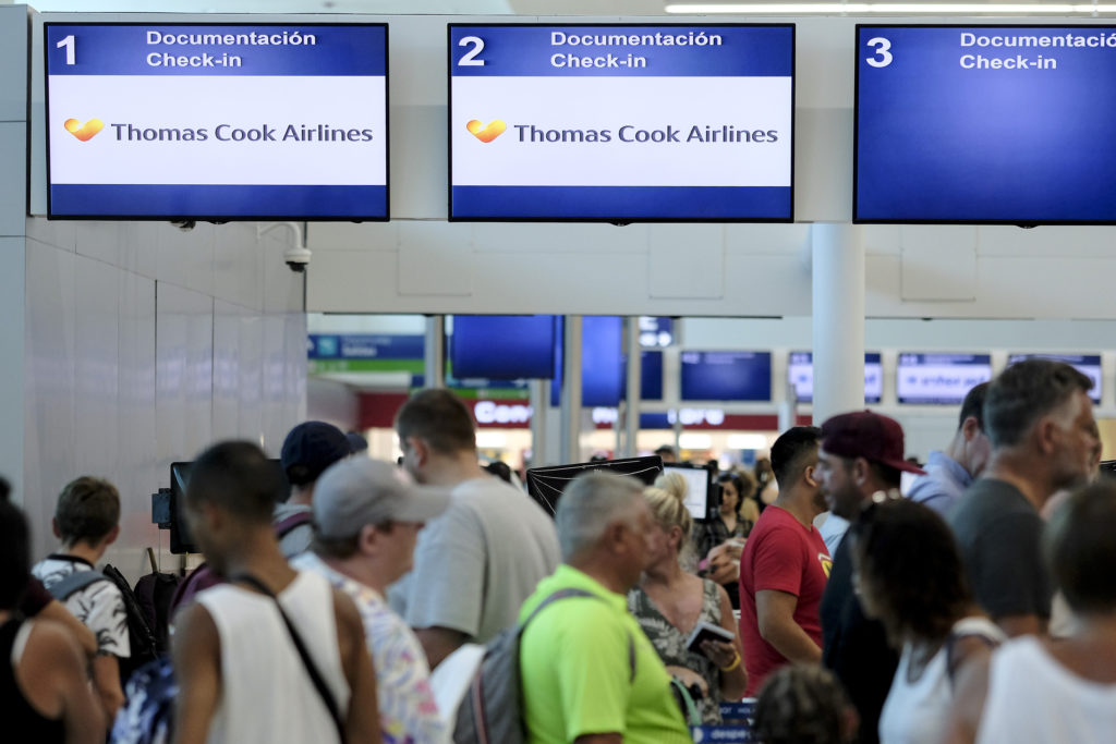 Βρετανία: Επιχείρηση επαναπατρισμού 7.000 τουριστών λόγω Thomas Cook