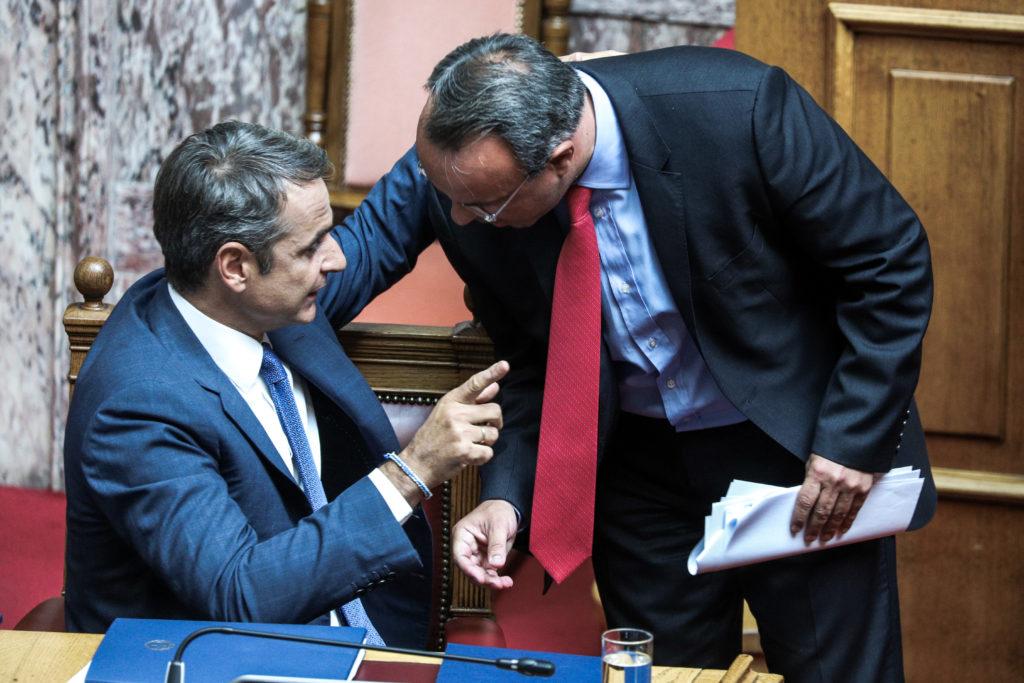 Ράβε ξήλωνε το προσχέδιο του προϋπολογισμού λίγο πριν κατατεθεί στη Βουλή