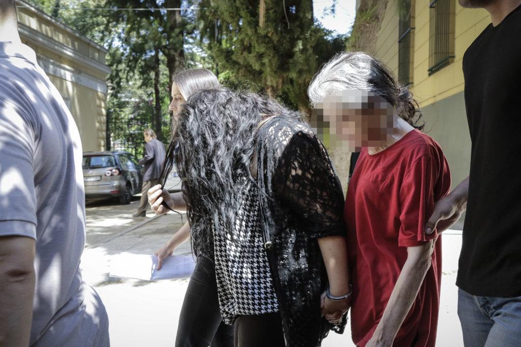 Δολοφονία βρέφους στην Πετρούπολη: Ελεύθερες μέχρι το Εφετείο οι δύο κατηγορούμενες