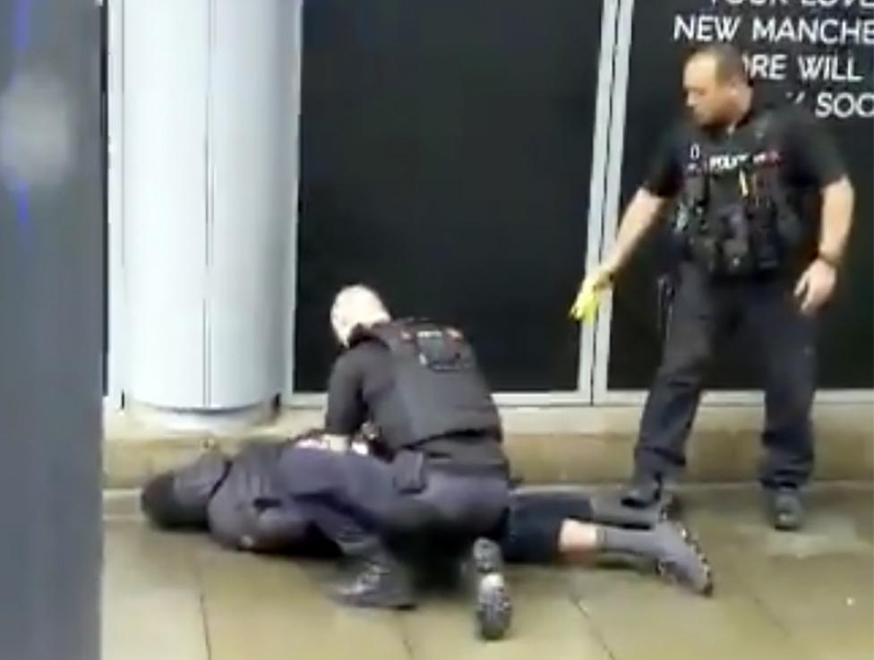 Ύποπτος για τρομοκρατία ο άνδρας που συνελήφθη στο Μάντσεστερ