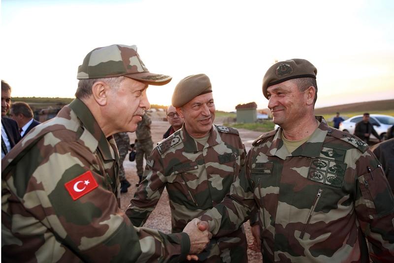 Ερντογάν: Οι τουρκικές δυνάμεις θα απωθήσουν τους «τρομοκράτες» από τα τουρκοσυριακά σύνορα, αν δεν το κάνει η Μόσχα