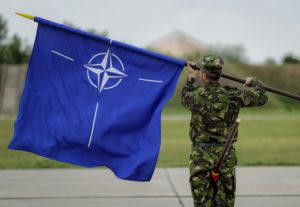 ΗΠΑ: Η πόρτα του ΝΑΤΟ είναι ανοιχτή για Ουκρανία – Γεωργία