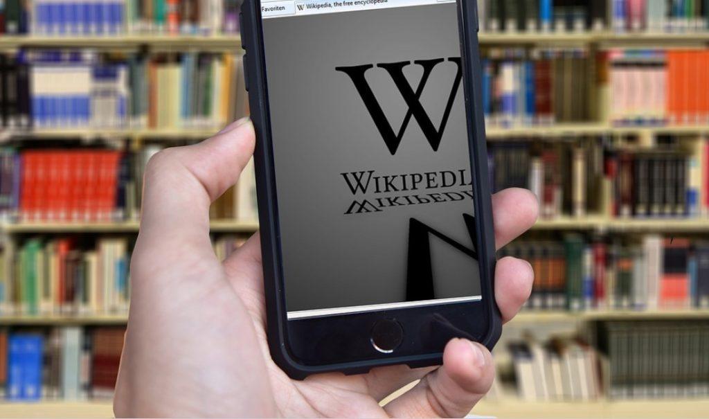 Η Ρωσία γυρίζει την «πλάτη» στη Wikipedia