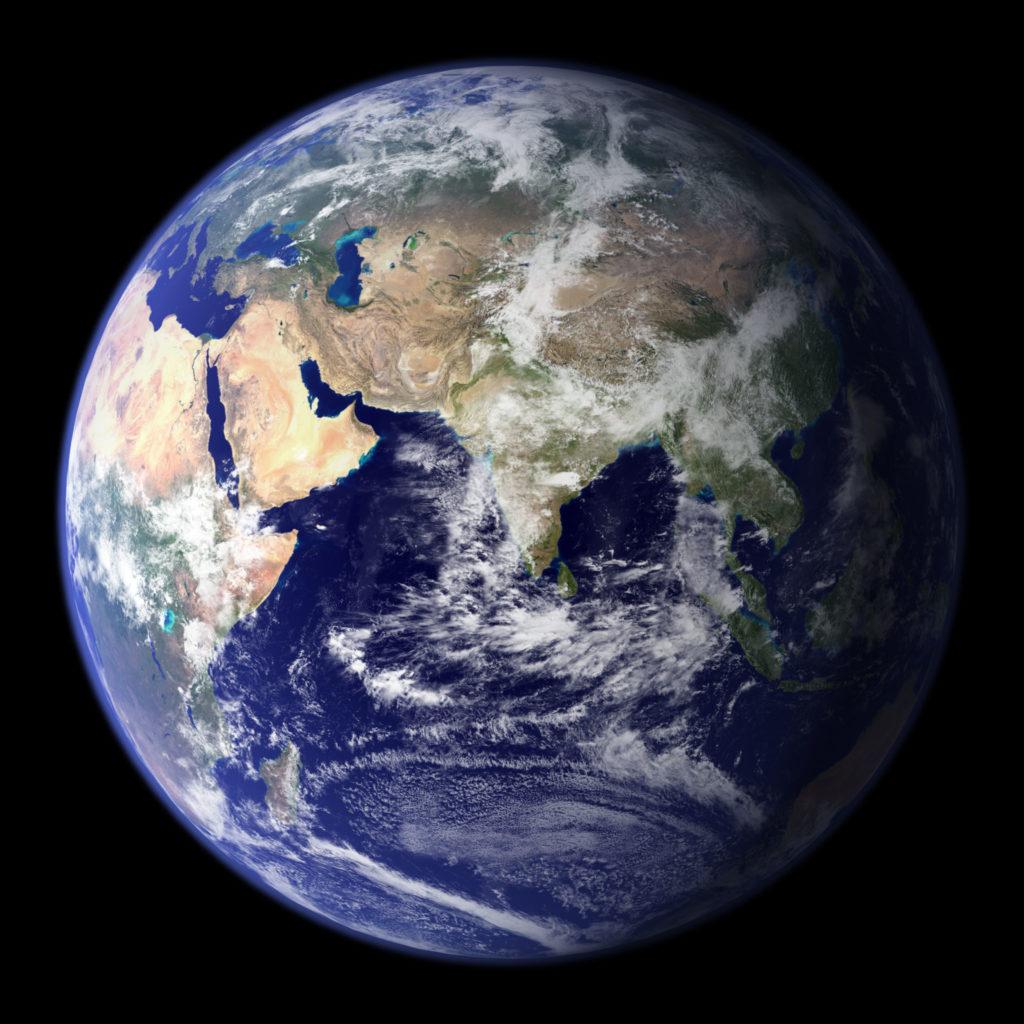 Μυστήριο η ταχύτατη μετακίνηση του μαγνητικού βόρειου πόλου της Γης – «Τρέχει» προς τη Σιβηρία