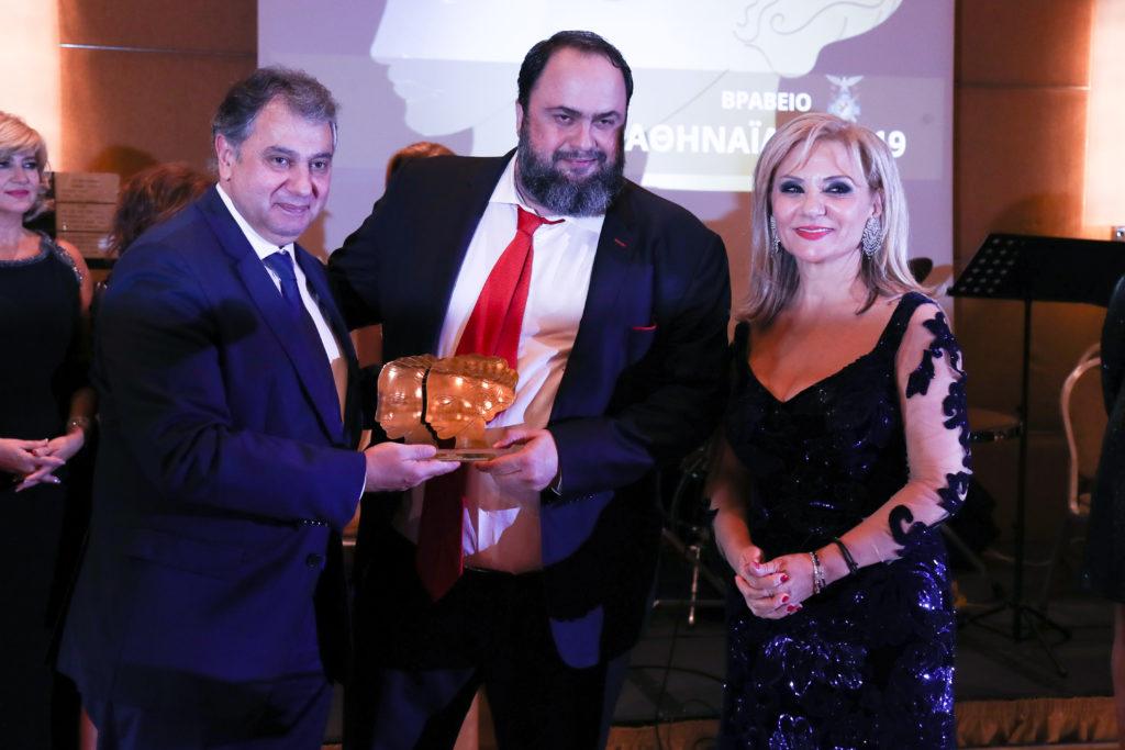 Bράβευσαν τον Μαρινάκη για το «φιλανθρωπικό έργο» του παρουσία του Άδωνη – Το gala της χλιδής (Photos+Video)