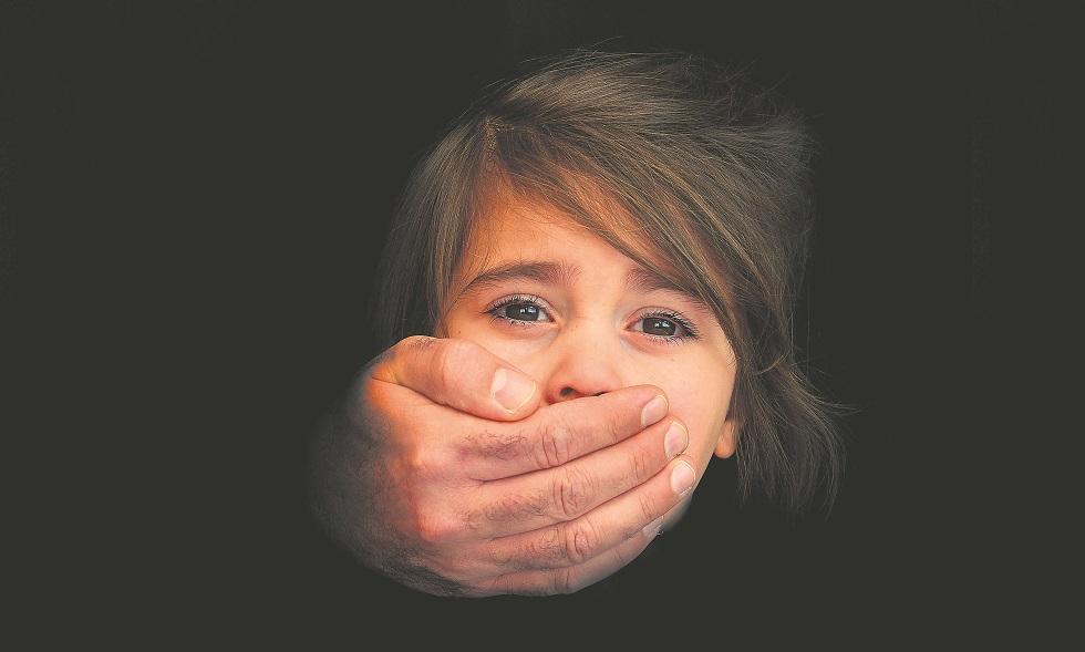 Σοκαριστικές καταγγελίες για ασέλγεια 5χρονου από αρχιμανδρίτη – Οι αντικρουόμενες πραγματογνωμοσύνες και ο ρόλος πρώην προέδρου του Αρείου Πάγου