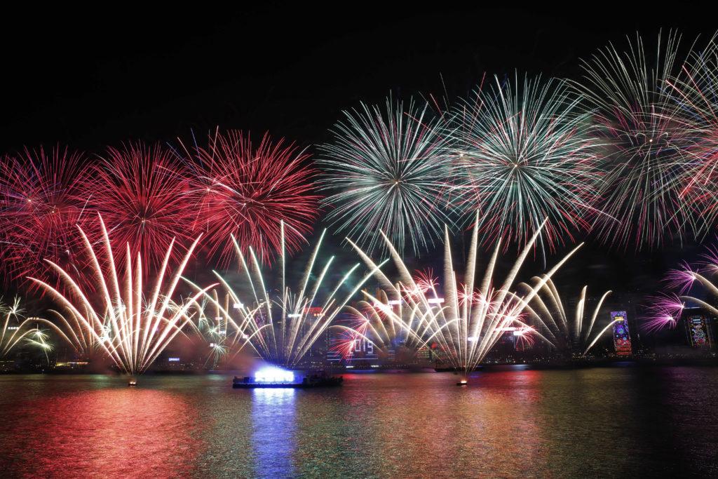 Χονγκ Κονγκ: Ακυρώθηκε το πρωτοχρονιάτικο σόου πυροτεχνημάτων για λόγους ασφαλείας (Video)