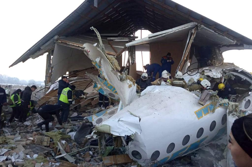 Συγκλονίζουν οι μαρτυρίες της αεροπορικής τραγωδίας: «Ουρλιαχτά, φωνές, κόσμος έκλαιγε»