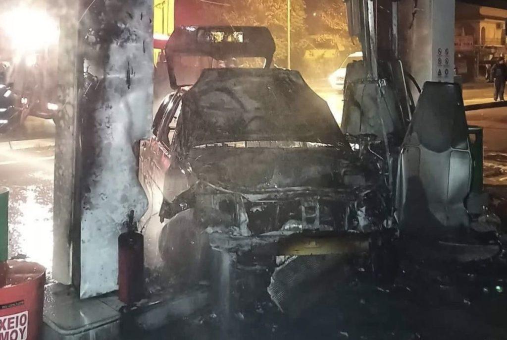 Κέρκυρα: Αυτοκίνητο «έπεσε» σε βενζινάδικο με 15 τόνους καύσιμα (Photos)
