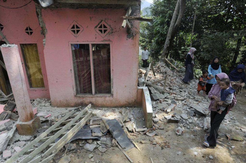 Ινδονησία: Ισχυρός σεισμός 6,2 Ρίχτερ