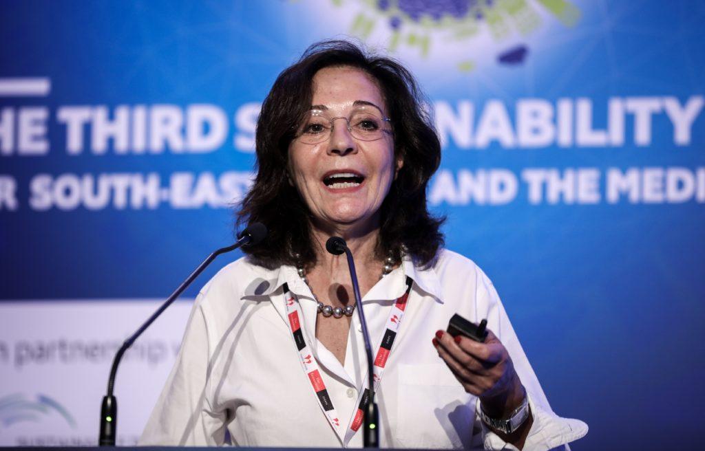 Η 'Ελενα Ακρίτα σχολιάζει καυστικά το όνομα της Δαμανάκη για την Προεδρία της Δημοκρατίας
