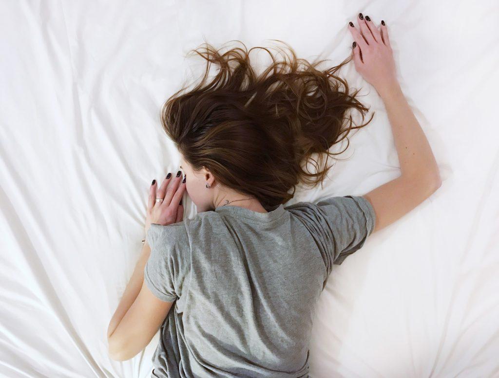Έρχεται το πρώτο τεστ αίματος για τη διάγνωση έλλειψης ύπνου