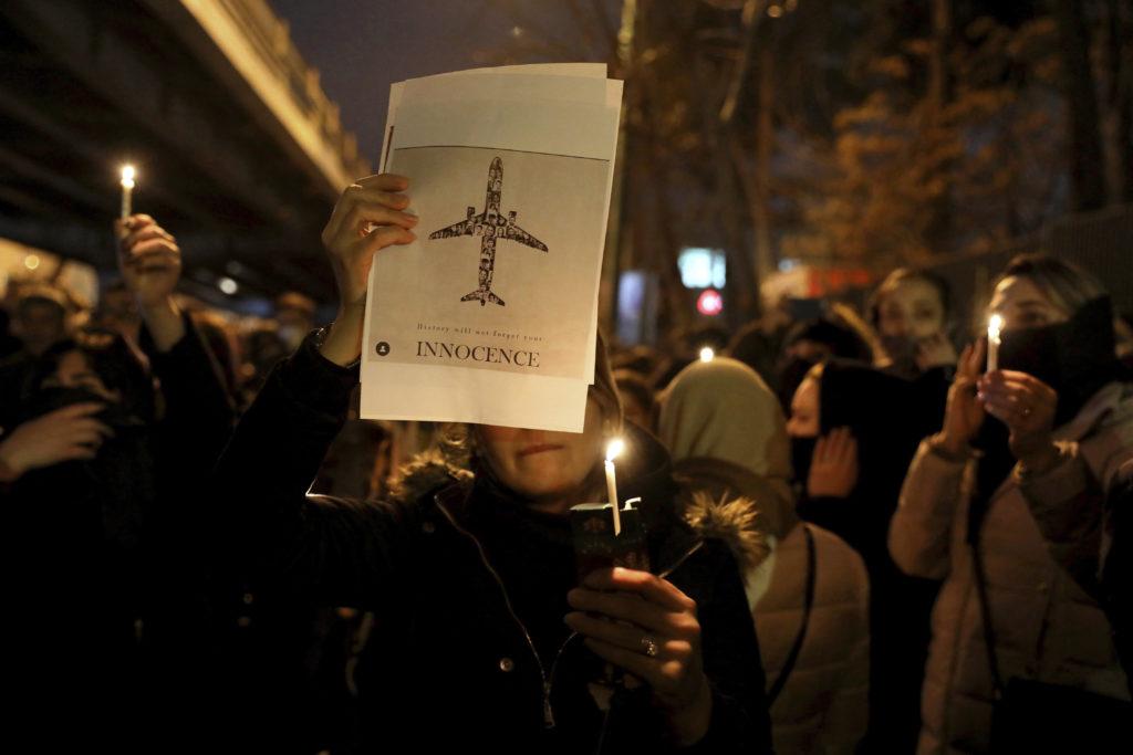 Ιράν: Πυροβολισμοί κοντά στο σημείο όπου πραγματοποιούνταν διαδηλώσεις (Video0
