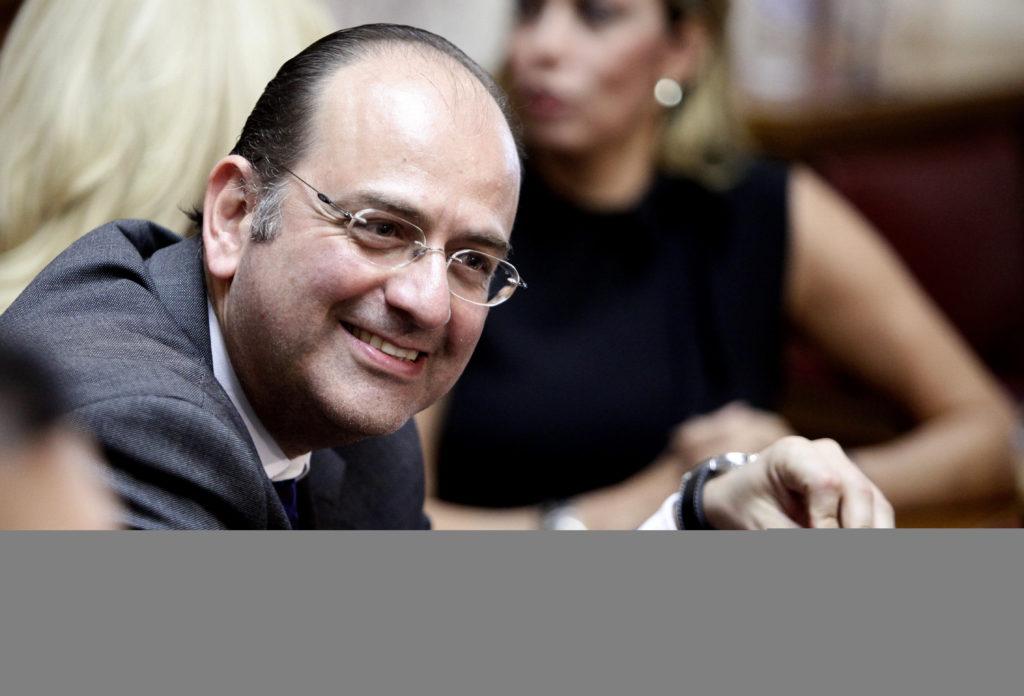 Σοβαρές καταγγελίες κατά Μακάριου Λαζαρίδη: «Η αγάπη σας για το Λαυρεντιάδη δεν κρύβεται»