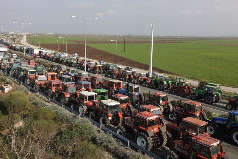 Πανθεσσαλική σύσκεψη αγροτών για κινητοποιήσεις