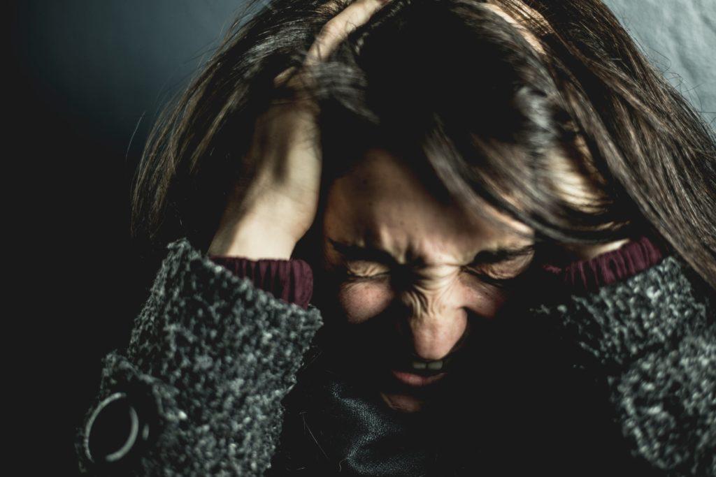 Πως σχετίζεται ο πονοκέφαλος με τον ύπνο;