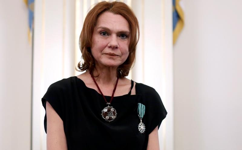 Η συγγραφέας Ασλί Ερντογάν δεν επιστρέφει στην Τουρκία, παρά την αθώωσή της