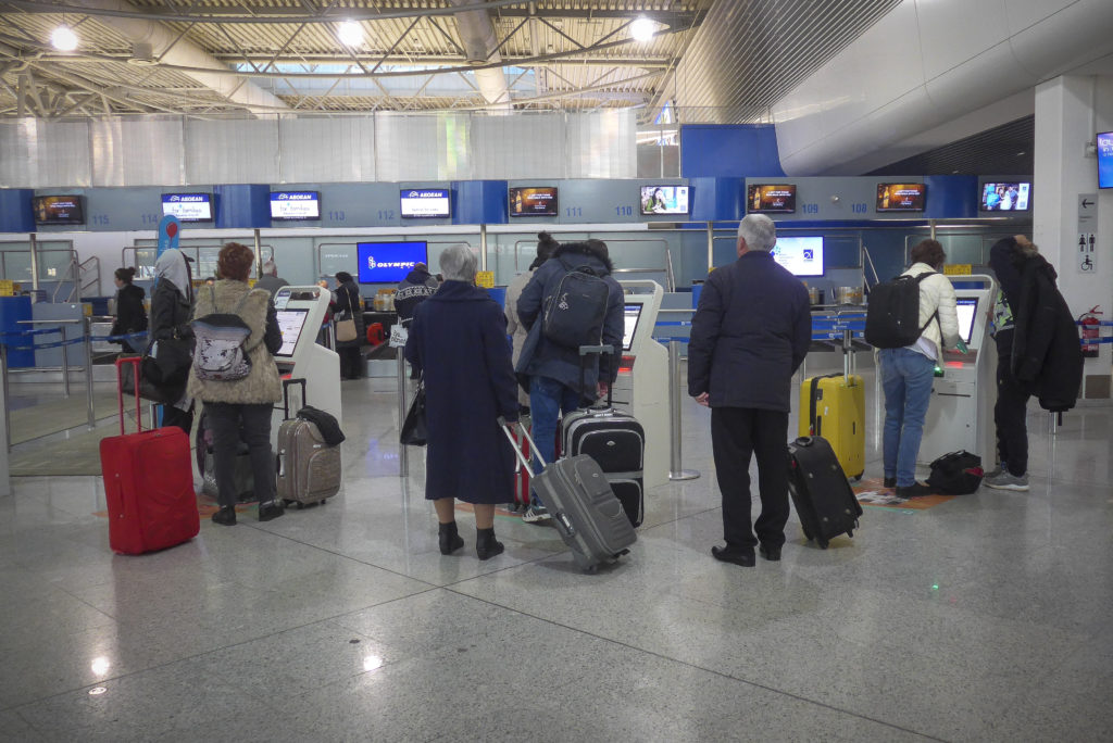 Κορονοϊός: Κανένας έλεγχος στο αεροδρόμιο παρά τις διαβεβαιώσεις Κικίλια για λήψη μέτρων