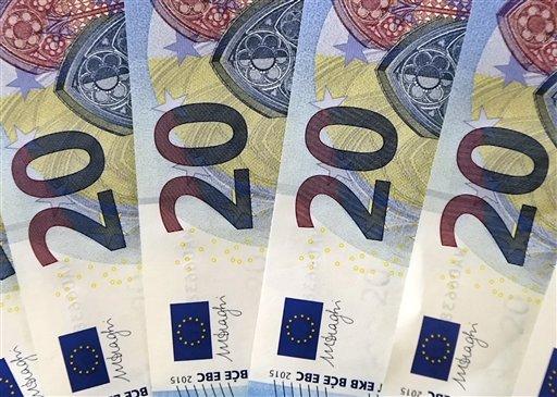 ΟΠΕΚΑ: Αντίστροφη μέτρηση για την πληρωμή 10 επιδομάτων σε χιλιάδες δικαιούχους