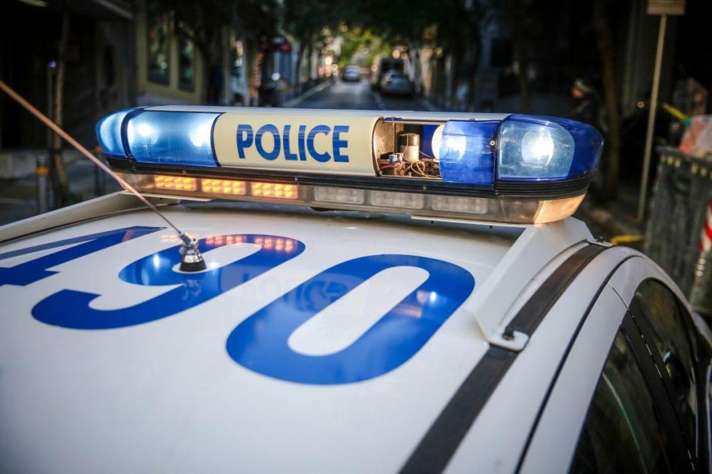 Προσποιούνταν τους αστυνομικούς και είχαν «ρημάξει» τη δυτική Αττική