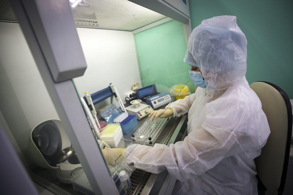 Ρώσοι επιστήμονες ξεκίνησαν δοκιμές εμβολίου κατά του κορονοϊού σε ζώα