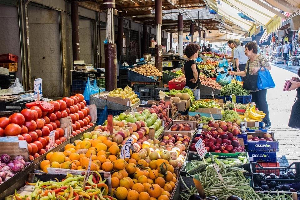 Προσωρινή απαγόρευση για τις Λαϊκές Αγορές: Δεν θα πωλούνται μη διατροφικά προϊόντα