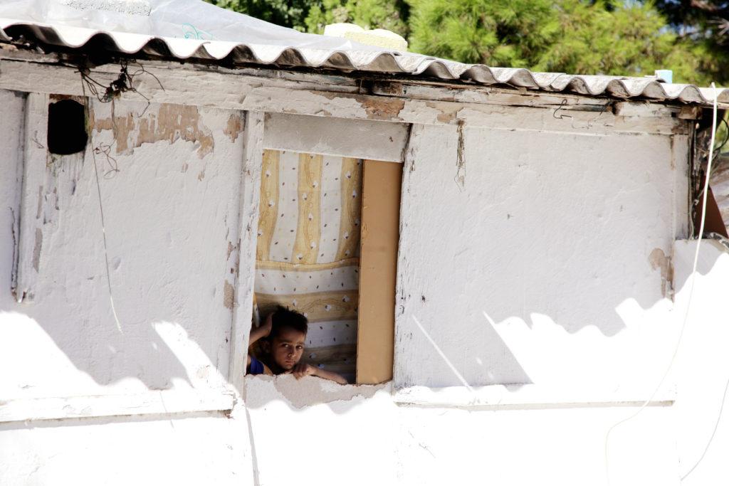 Έκκληση για λήψη μέτρων λόγω κορονοϊού στους καταυλισμούς Ελλήνων Ρομά στη Λέσβο