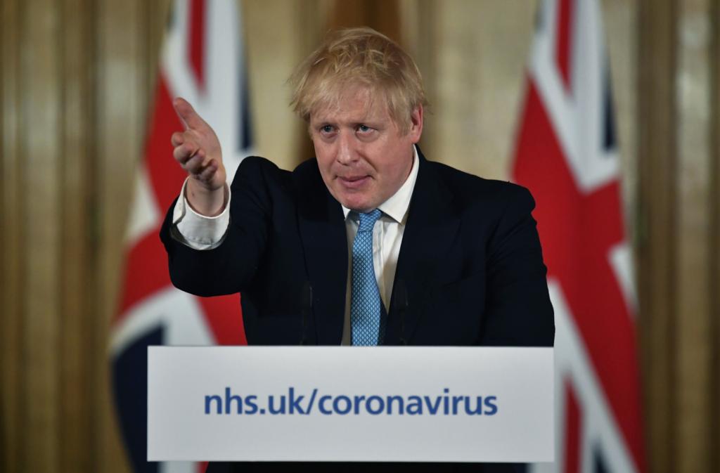 Τζόνσον για κορονοϊό: «Η κατάσταση στη χώρα μπορεί να αναστραφεί σε 12 εβδομάδες»