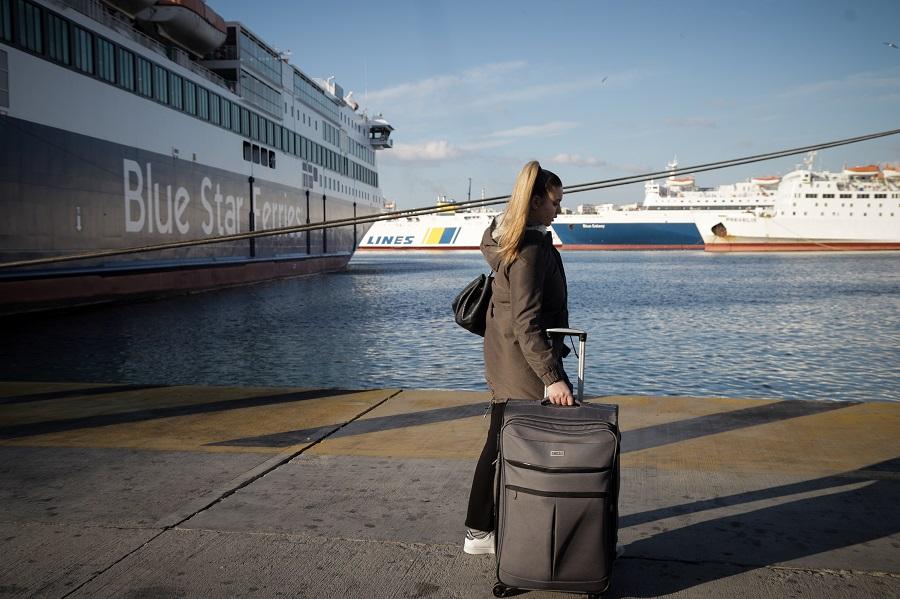 Μόνο οι μόνιμοι κάτοικοι των νησιών στα πλοία της ακτοπλοΐας