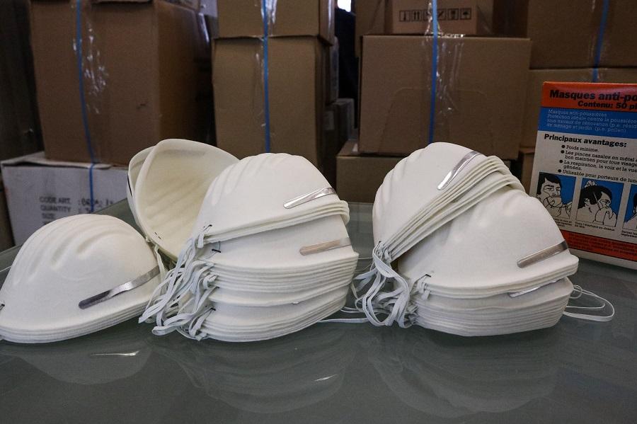 Έως και 700% πάνω αγοράζουμε τις μάσκες λένε οι εργαζόμενοι στα νοσοκομεία – Ζητούν επίταξη βιομηχανιών
