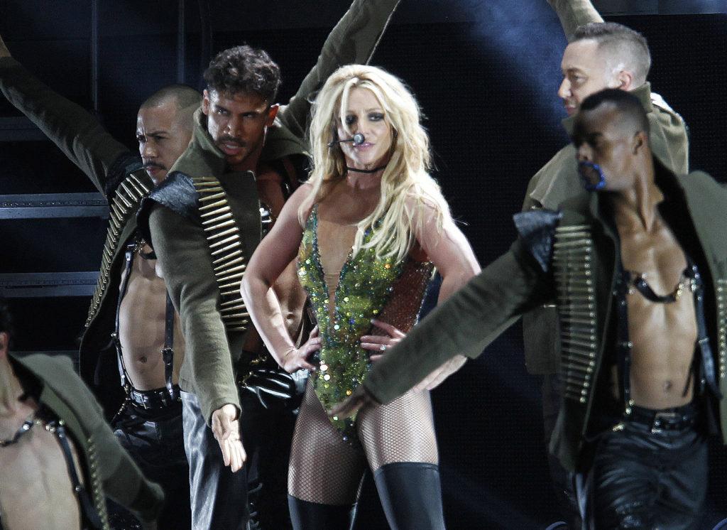 Σε παγκόσμιο ξεσηκωμό καλεί η Britney Spears – «Θα γίνει αναδιανομή του πλούτου, θα απεργήσουμε»
