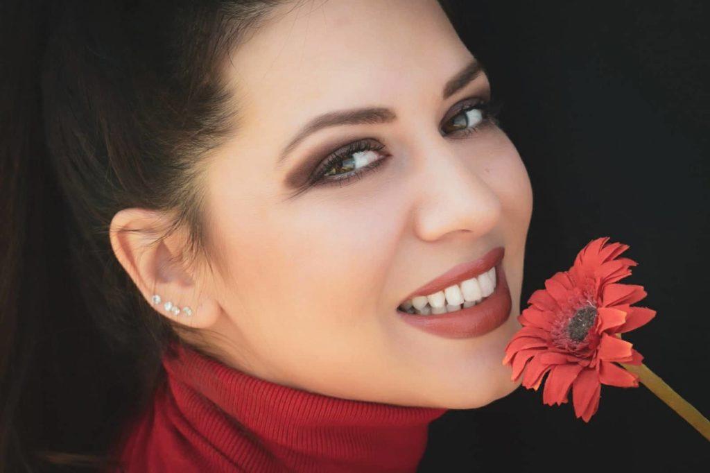 New Entries: Γνωρίζουμε την Κατερίνα Τερζοπούλου (Video)