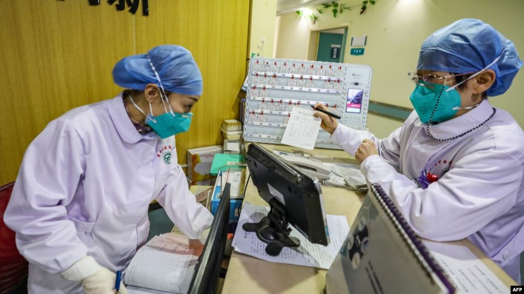 Χονγκ Κονγκ: Παρασκεύασαν σπρέι που παρέχει προστασία από τον ιό για 90 ημέρες