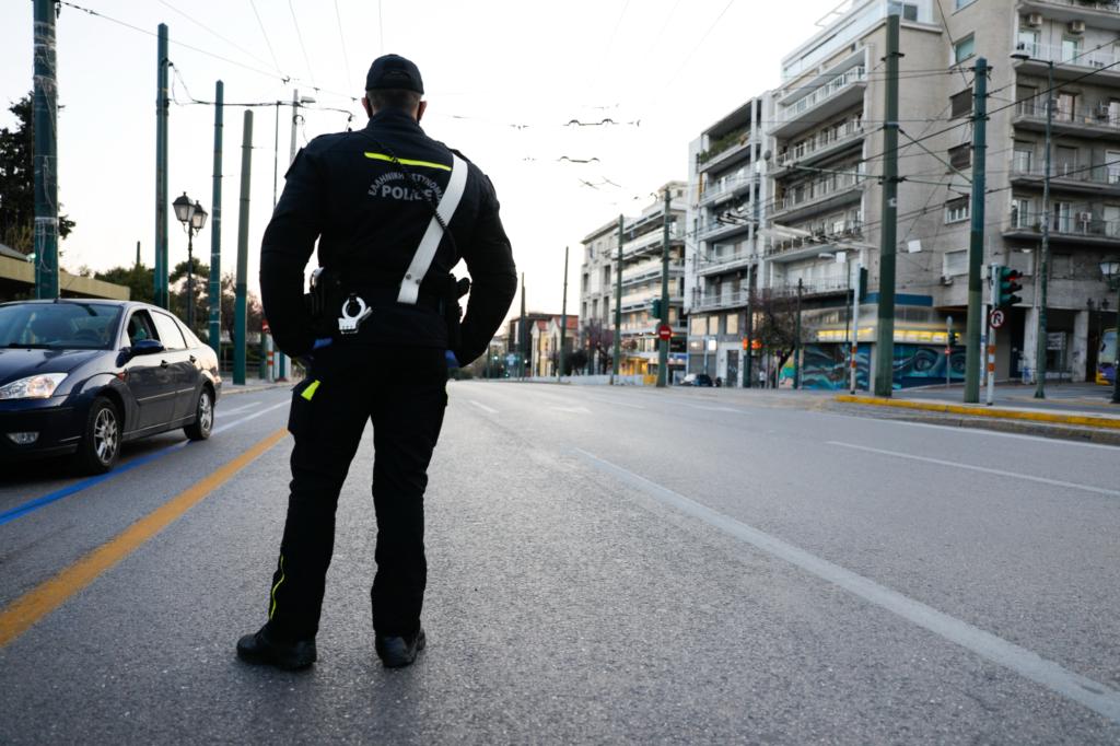 Βαρύτατες καταγγελίες δικηγόρου για αστυνομική αυθαιρεσία και παράλογα πρόστιμα