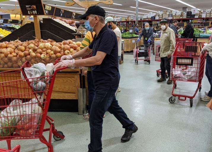 ΗΠΑ:  Άνδρας απείλησε να πυροβολήσει εναντίον όσων δεν φορούσαν μάσκα μέσα σε σούπερ μάρκετ