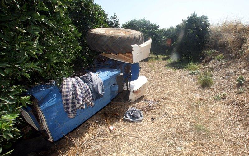 Φρικτός θάνατος για αγρότη στην Πέλλα: Εγκλωβίστηκε ανάμεσα στην φρέζα και το τρακτέρ