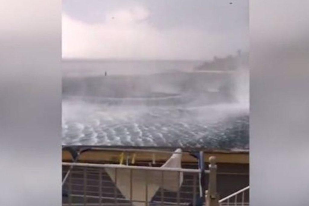 Ρουφήχτρες και στρόβιλοι στα νησιά μας!  (video)
