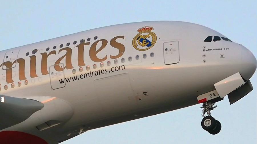 Κορονοϊός: Η Emirates σχεδιάζει 30.000 απολύσεις