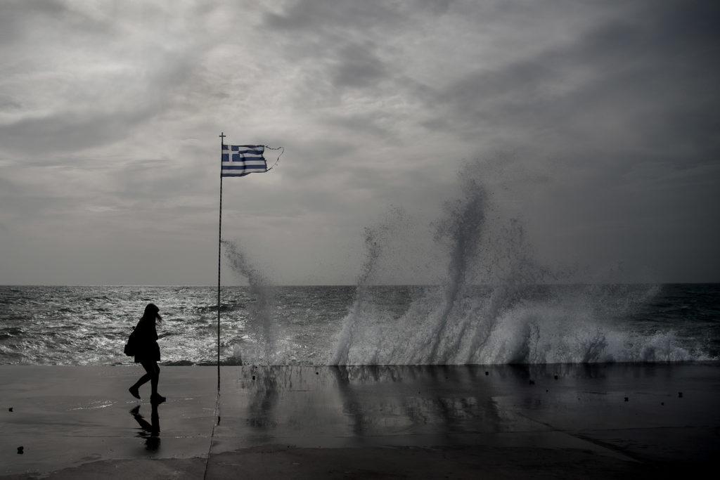 Θεσσαλονίκη: Ισχυρή βροχόπτωση και κυκλοφοριακά προβλήματα