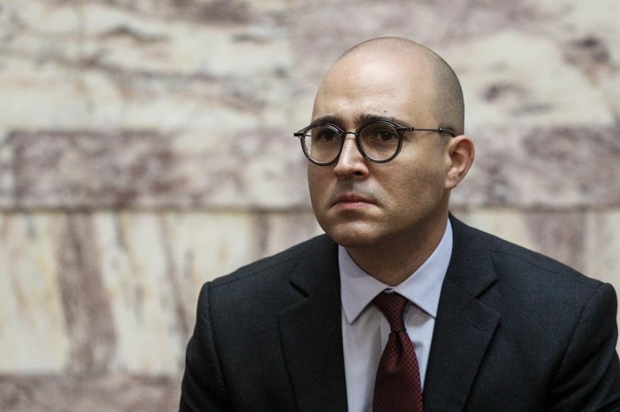 Ο Μπογδάνος… ενοχλήθηκε με την Επιτροπή «Ελλάδα 2021» που τίμησε τον Γρηγόρη Λαμπράκη